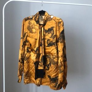 Mother of Pearl floral blouse with gold detail